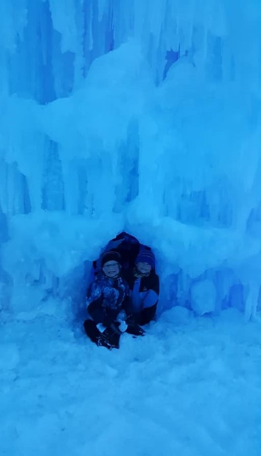 ice_castle_tunnel_2.jpg.jpe