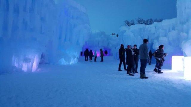 ice_castle_midday-768x432.jpg.jpe