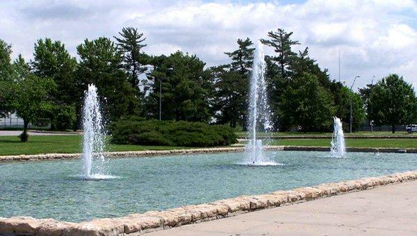 Delbert J_ Haff Circle Fountain.jpg.jpe