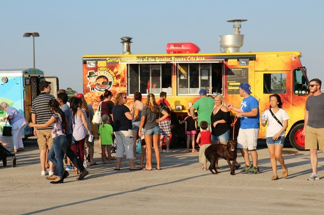 imagesevents29554FoodTruckFrenzysmall-jpg.jpe