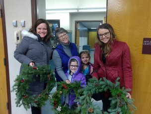 imagesevents30326wreathclass-png.png