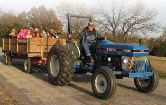 imagesevents30408FallPublicHayride-png.png