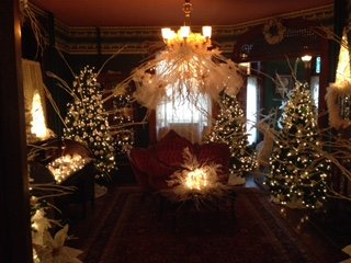 imagesevents30510Strawberry-Hill-Museum-Olde-World-Christmas-jpg.jpe