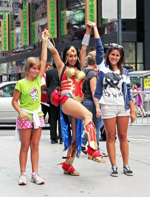 imagesevents30668wonder-woman-female-heroes-leaders-jpg.jpe