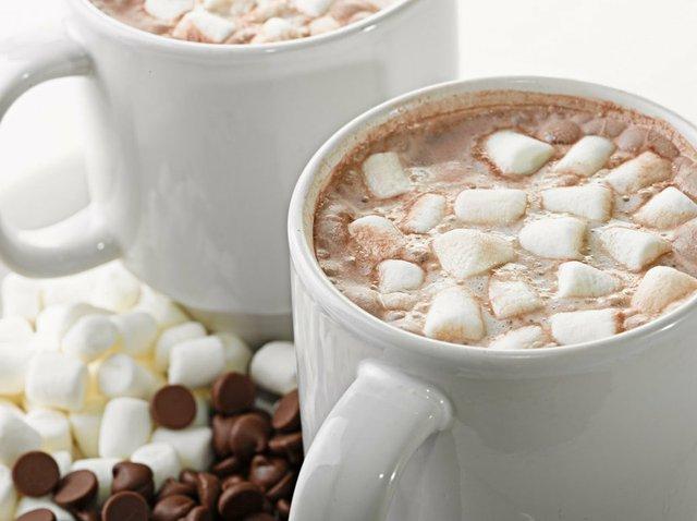 imagesevents30840YummyHotChocolateandMarshmallowMolding-jpg.jpe