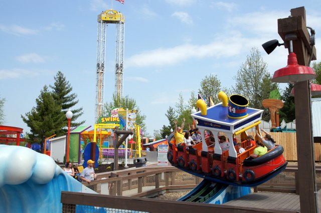 Worlds of Fun: Planet Snoopy