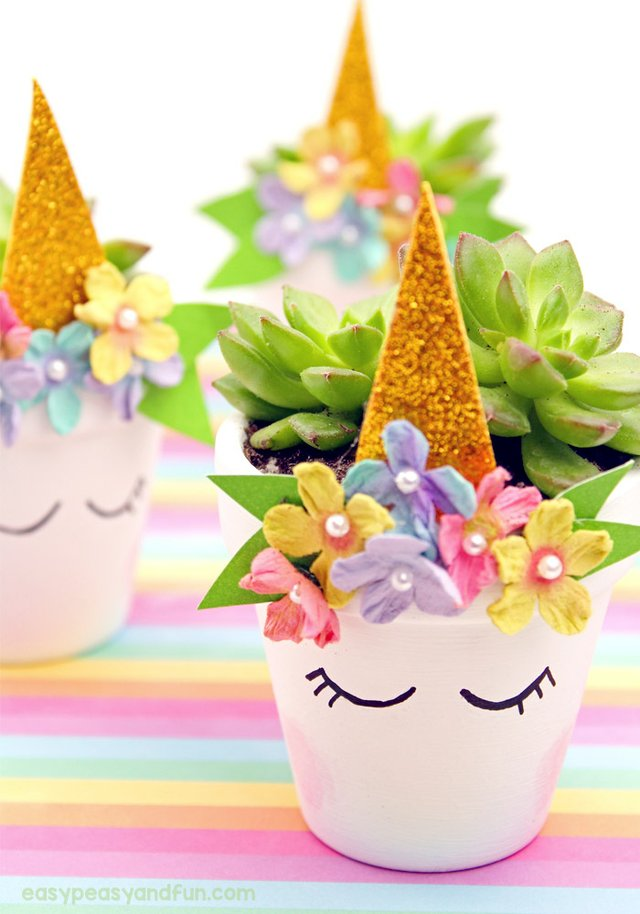 imagesevents31960Magical-Unicorn-Flower-Pop-Planters-Perfect-for-Succulents-unicorn-mothersday-jpg.jpe