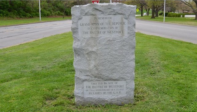 Battle-Of-Westport-Grand-Army-Of-The-Republic-Monument.jpg