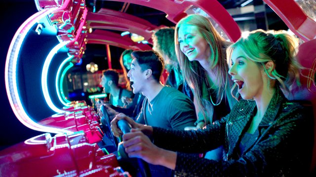 dave_busters_legends.jpg