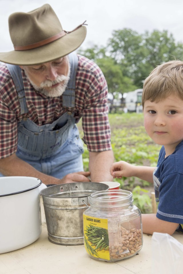 Scott with boy and green beans OSD 2014 for emailing.jpg