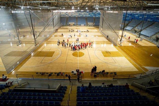 hyvee_arena_basketball.jpg