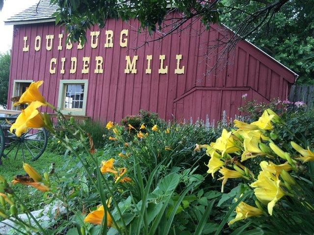LOUISBURG_CIDER_MILL.jpg