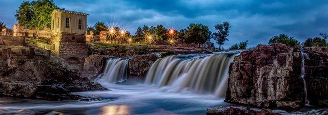 falls_park_sioux_falls.jpg