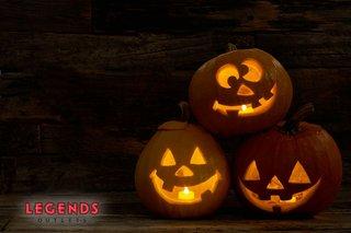 halloweenonlawn.jpg