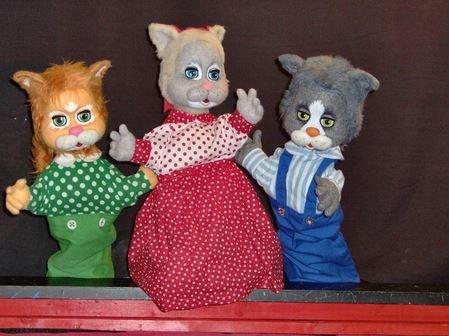 Three-Kittens.jpg
