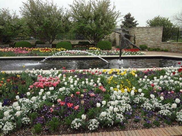 Kauffman Memorial Gardens: KC, MO