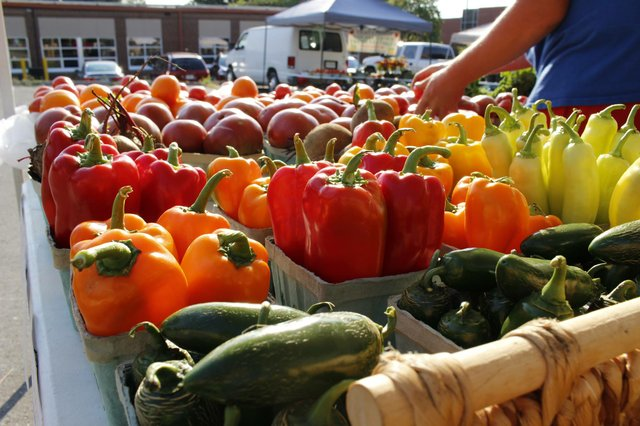 downtown_lees_summit_farmers_market2.jpg