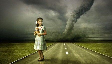 tornadogirl.jpg.jpe