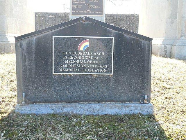 Rosedale Memorial Arch.jpg