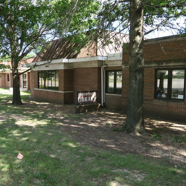 Johnson County Public Library - Oak Park Branch.jpg