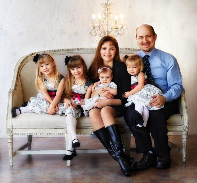 lightfamily12012.jpg.jpe