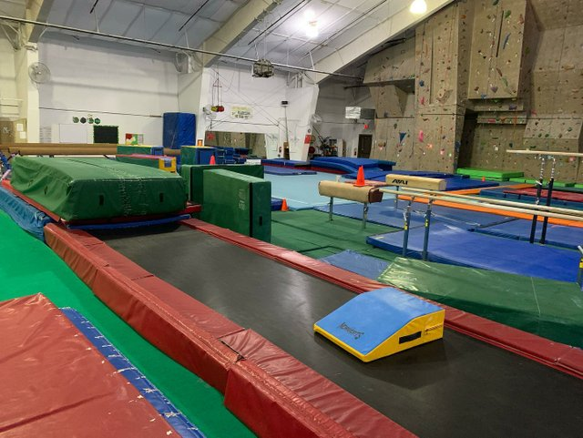 Emerald City Gymnastics 4.jpg