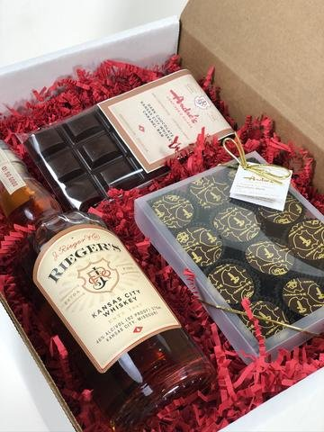 Whiskey_Chocolate_Gift_Box_angled_480x480.jpg