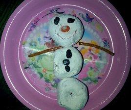 snowmandonuts.jpg.jpe