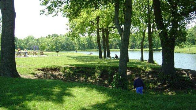 Englewood Park 3.jpg
