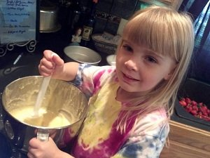 bakingshortcake.jpg.jpe