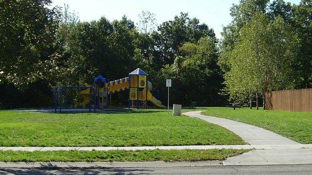 Romey Hills Park 2.jpg