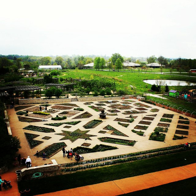Powell Gardens 5.jpg