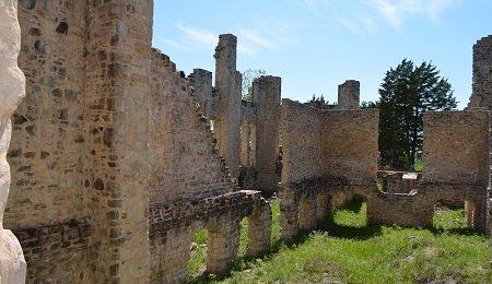 Exploring castle ruins in Missouri... Ha Ha Tonka State Park.