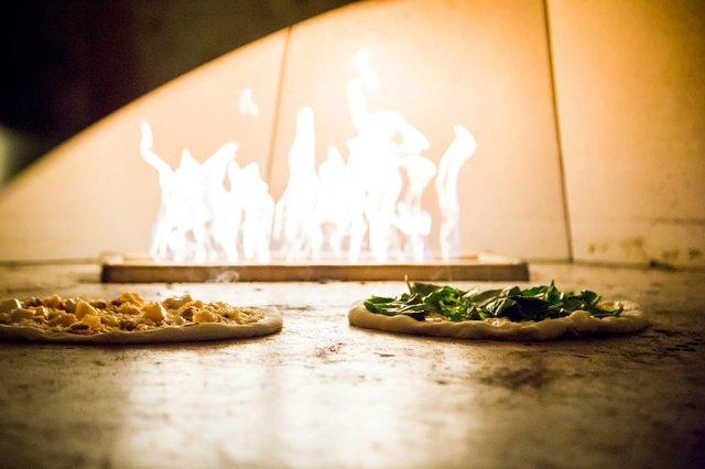 spinpizza.jpg