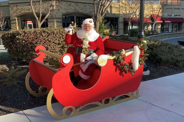 Santa-Sleigh_3.jpg