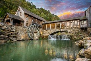 Dogwood Canyon - Mill exteriora.jpg
