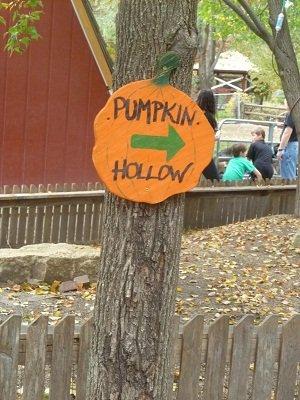 pumpkinhollow.jpg.jpe