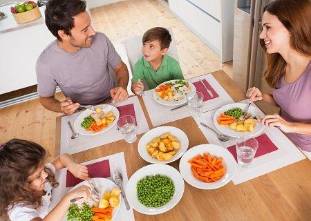 dinnertable.jpg.jpe