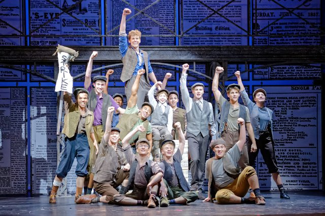 the-coterie-white-theatre-newsies-446-900x600.jpg.jpe
